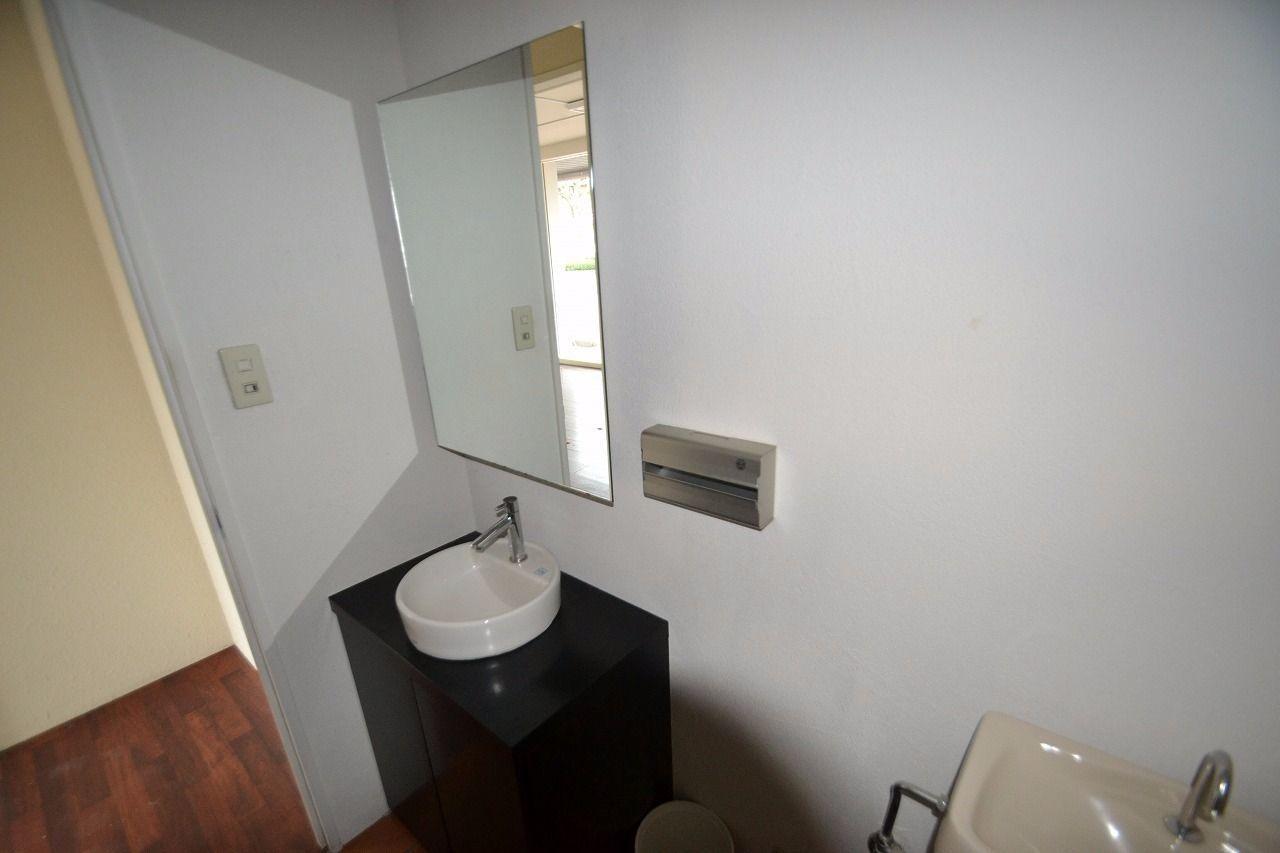 鏡が大きいです