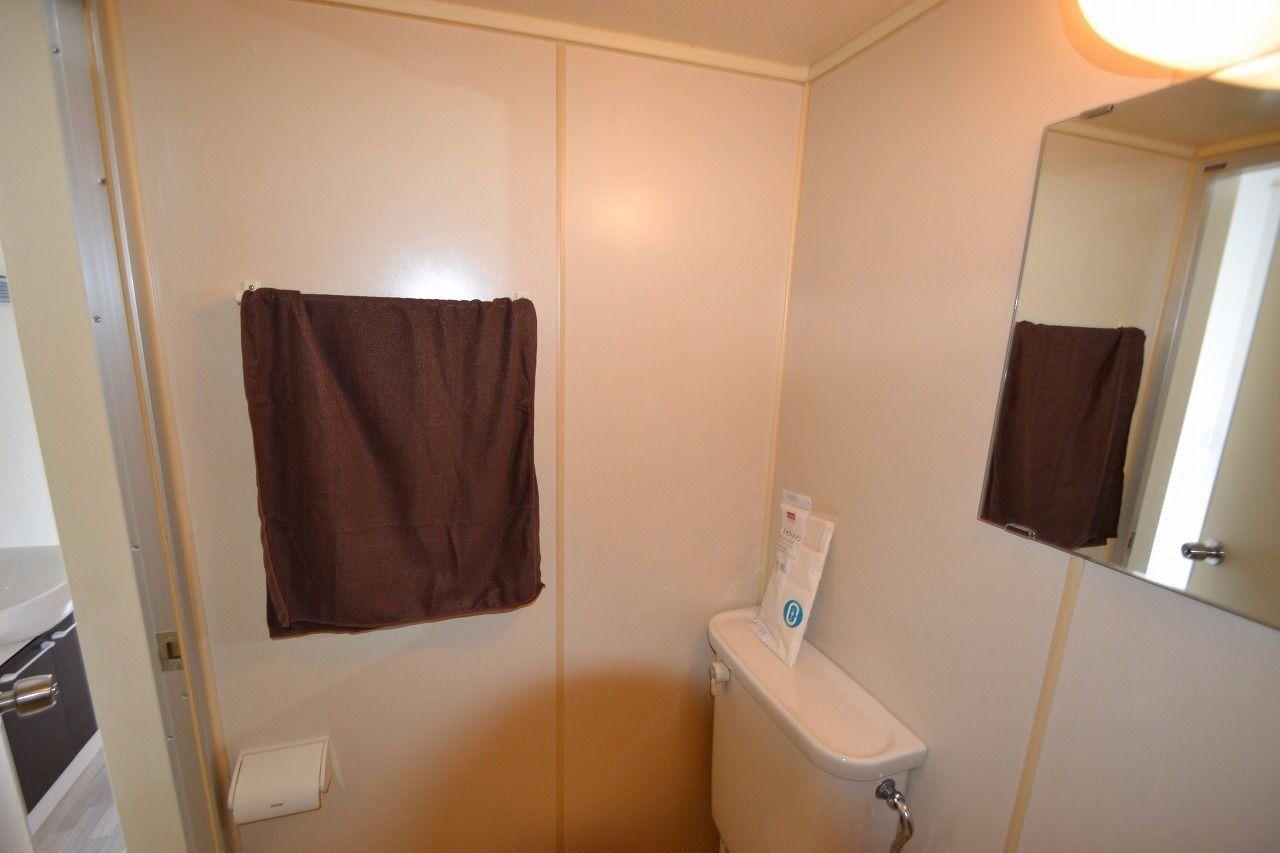 トイレも兼ねてますから、こういうのもいりますね。