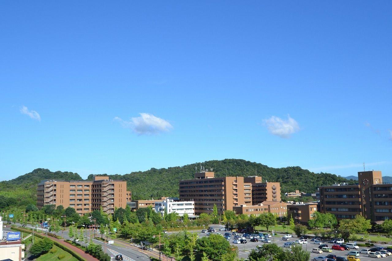 東広島キャンパスを上空より撮影致しました。