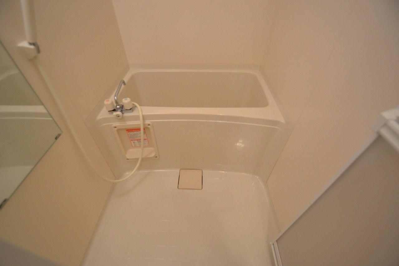 洗面台が別なので浴室も広く使えます♪