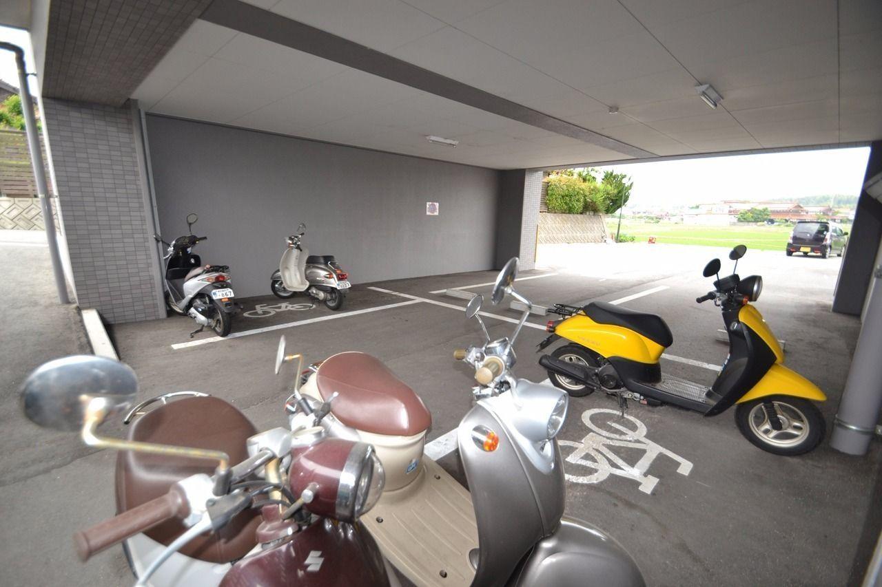 バイク専用駐輪場です。