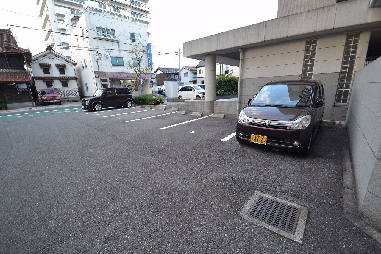 北側の駐車場です。