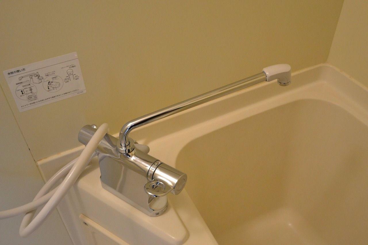 こだわりの水栓です。温度調整が容易になります!