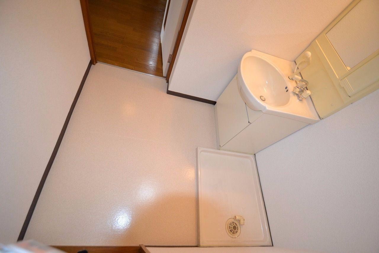 面積が広めにしてあり、ちょっとした家具なども置きやすく設計されている。
